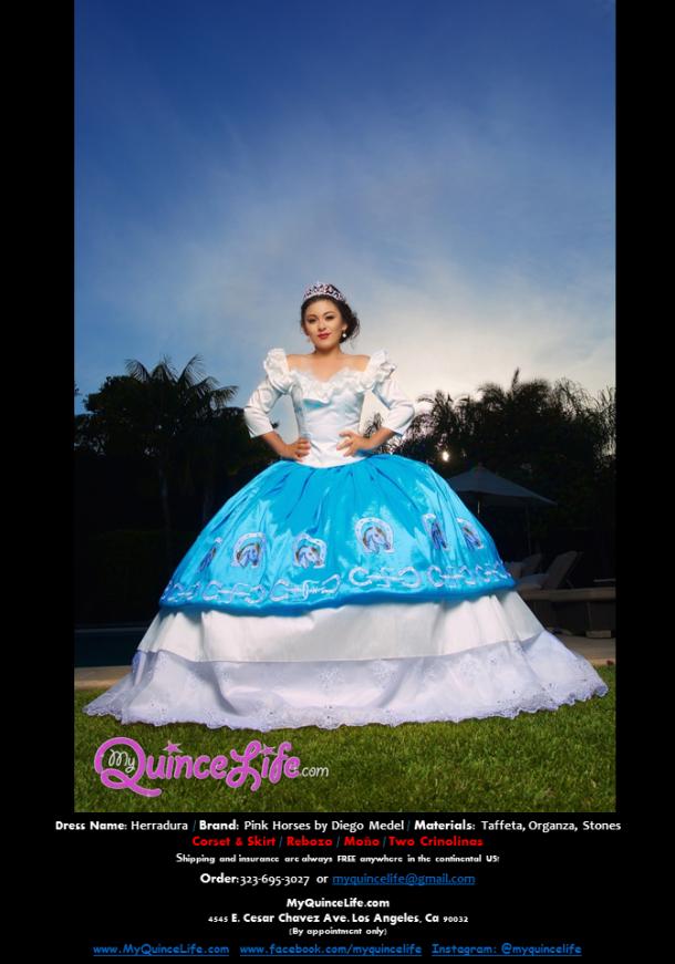 79fb7213ae8 Vestido charro bordado de quinceanera. Azul y blanco